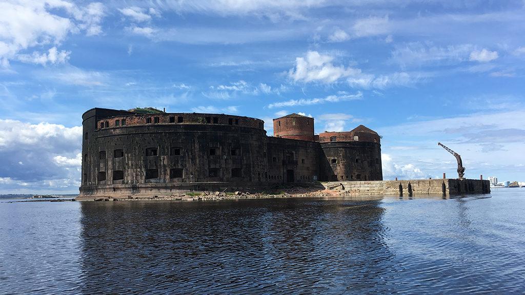 Форт Александр вид с воды